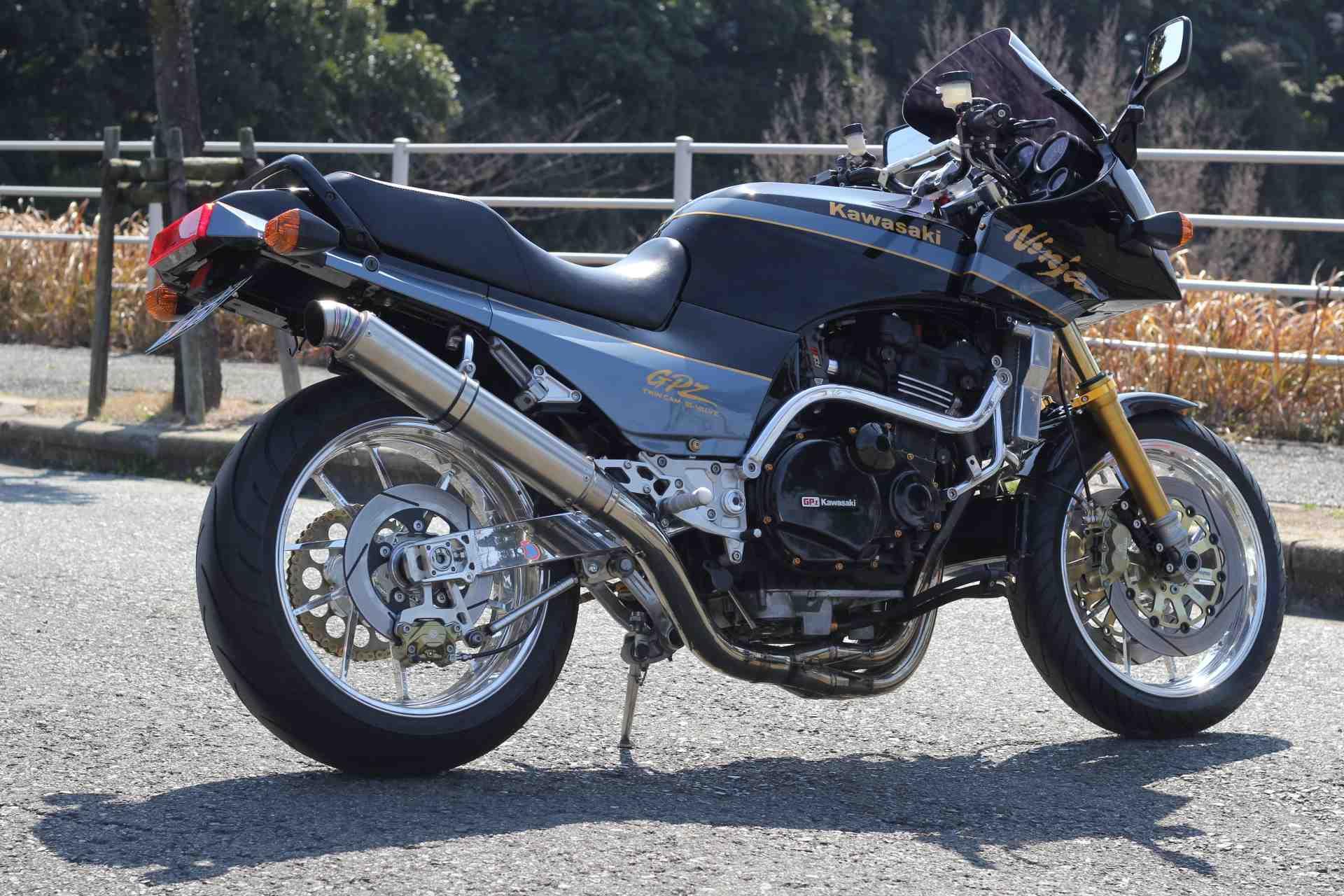 北九州市若松区のバイクショップ バックロード KAWASAKI GPZ900R
